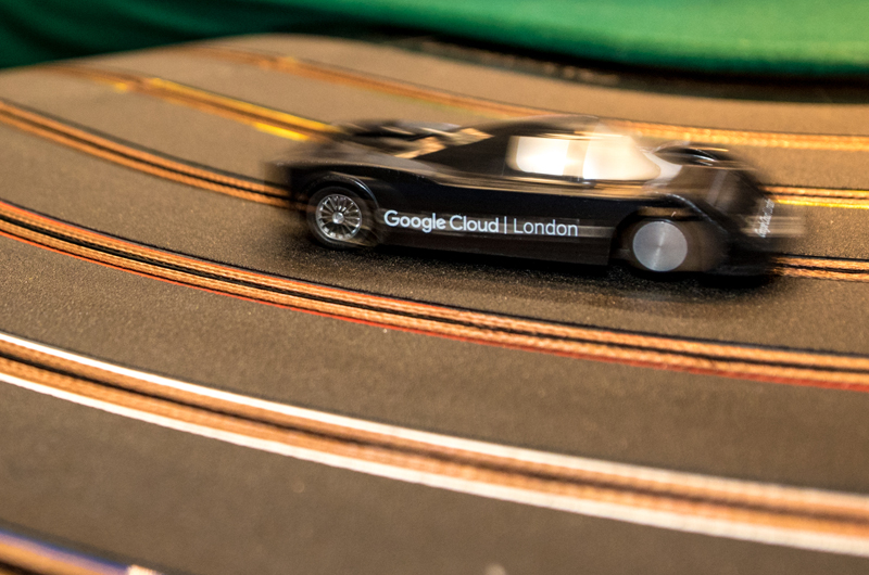 Google-Cloud-car